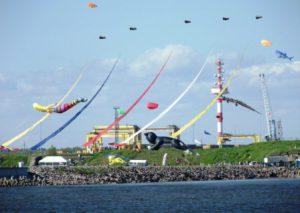 фестиваль воздушных змеев фортолет